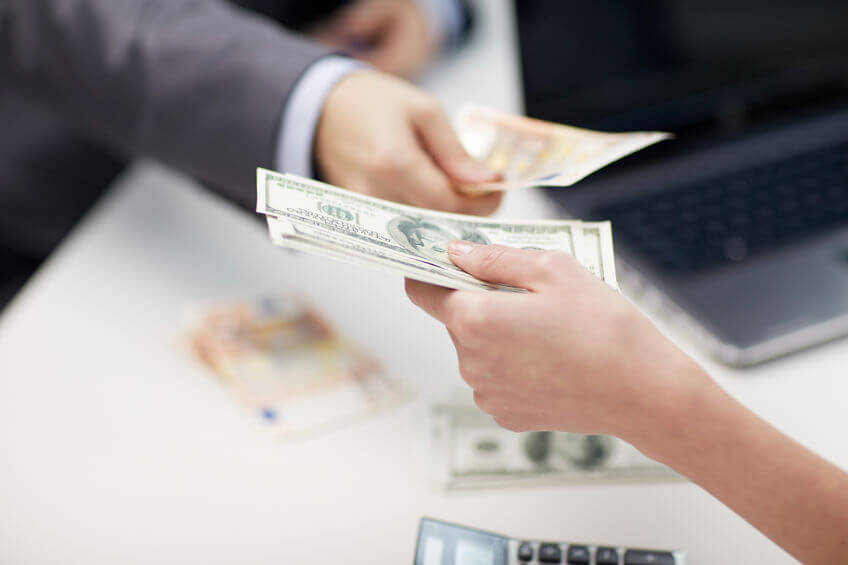 Currency Exchange Costs Explained for eCommerce Sellers